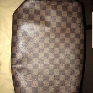 Louis Vuitton Bags - Athuntic louis Vuitton speedy 30
